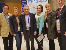 ISHRS 25th World Congress, Prague. Dr Marija Balković sa čuvenim dr Williamom Rassmanom iz USA, dr Russell Kundsenom iz Australije, dr Meia iz Kolumije i dragim koleginicama Charlot Meia iz New Yorka i dr Juliom Nikonova iz San Diega.